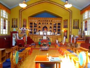 Dentro do Urgyen Samten Ling Gonpa