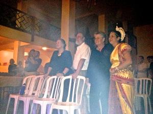 Lama Tsering, Lama Norbu, Maria Ruth e Jaque.